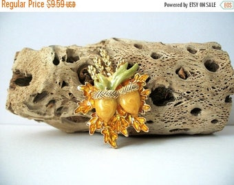 ON SALE Vintage Gold Tone Enameled Acorn Erntedankfest Metal Pin 82917