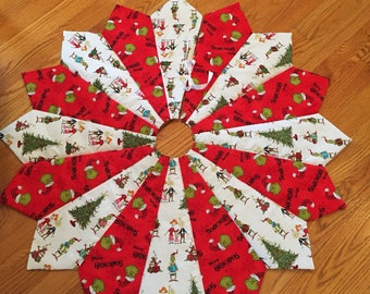 Grinch Christmas tree skirt, quilted tree skirt, the grinch who stole Christmas, white, red