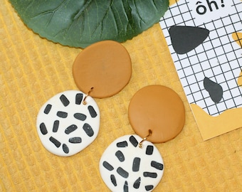 Han! -Graphic earrings yellow, Brown and white