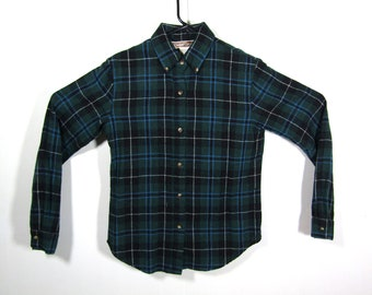 S/M | 80s Casual Corner plaid flannel shirt / vintage womens plaid wool shirt / womens green plaid shirt / wool flannel shirt / 80s flannel
