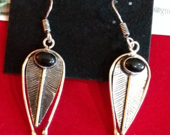 CLEARANCE *Onyx Leaf Dangle Earrings