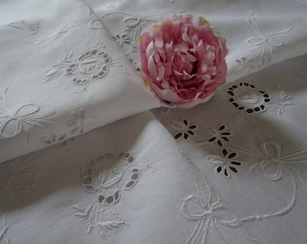 """Beautiful  Vintage hand embroidered """"Whitework"""" Irish linen lace  tablecloth 48 x 50"""