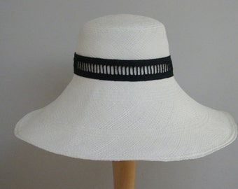 Off White Womens Straw Hat / Wide Brim Hat / Summer Hat for Women / Panama Hat / Sun Protection Hat / Stylish Hat