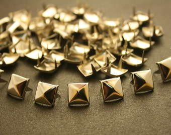 100 pcs. Silver Tone Pyramid Studs Prongs Rivets Decorations Findings 9 mm. PS N9 CK