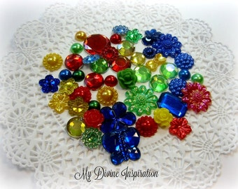 50-piece Bag of Green Yellow Blue Red Rhinestones Cabochons Acrylic Pearl Resin Flat back Embellishments For Scrapbooking Mini Albums Cards