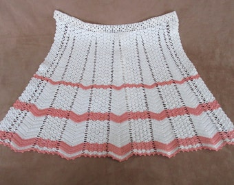 Vintage Crochet Apron     (MU)