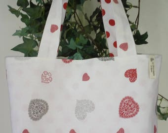 Tote bag very convenient for little unexpected purchase!