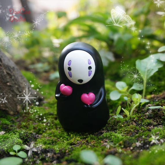 No-Face Men Hold Pink Love Heart, Fairy Garden Supplies