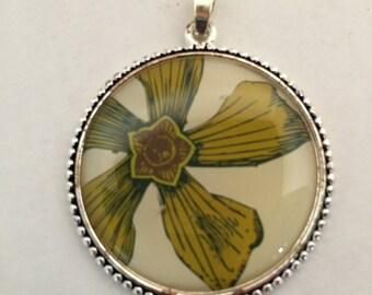Pendant, Flower Design Pendant, Acrylic Flower Pendant, Round Flower Pendant, Green Flower Pendant, Necklace Pendant, 39mm Flower Design