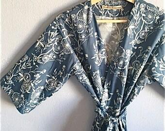 JERSEY KNIT Kimono Robe. Jersey Knit Bridesmaid Robes. Bridesmaids Robes. Kimono Robe. Wedding Gift. Bridesmaid's Gift. Karma.