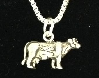 Small 3-D Cow Necklace in Silver with 18 inch silver box link chain.  Great for girls or women showing their cows livestock Jewelry 4H FFA