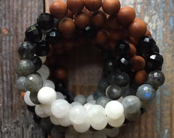 Moon Phased | Sandalwood, Onyx, Labradorite + Moonstone Ombré | Spiritual Junkies | Yoga + Meditation | Mala Bracelet