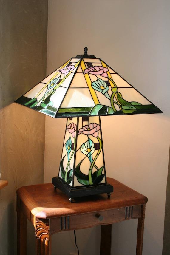 Lampe Tiffany Art Nouveau Vitrail Tiffany Lampe à poser
