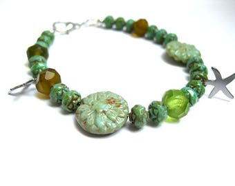 Bracelet - Czech glass beads, glass pearls, green gifts for women