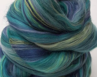 Merino-Silk Wool Roving / Combed Top / Wool Braid in Custom Blend named Caribbean - 4 ounces