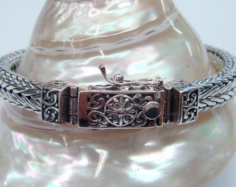 Sterling silver bracelet woven chain clasp with safety