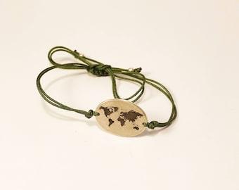 WorldMap Silver bracelet · Mapamundi silver bracelet