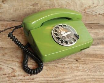 Vintage rotary phone / retro phone  / circle dial rotary telephone / vintage landline phone / Old Dial Desk Phone