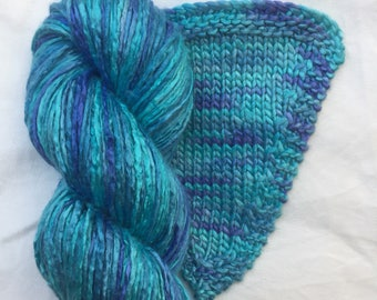 Silk Yarn Hand Dyed worsted weight - Intense Turquoise (9)