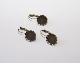 10 pcs. Lever back earring / blanks 14mm, fits 12mm Cabochons / bronze tone OH111