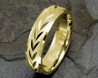 Mens Wedding Band, 14K Yellow Gold Wedding Ring, Diamond Cut Wedding Band, Mens Gift, Custom Laser Engraving, Personalized Ring