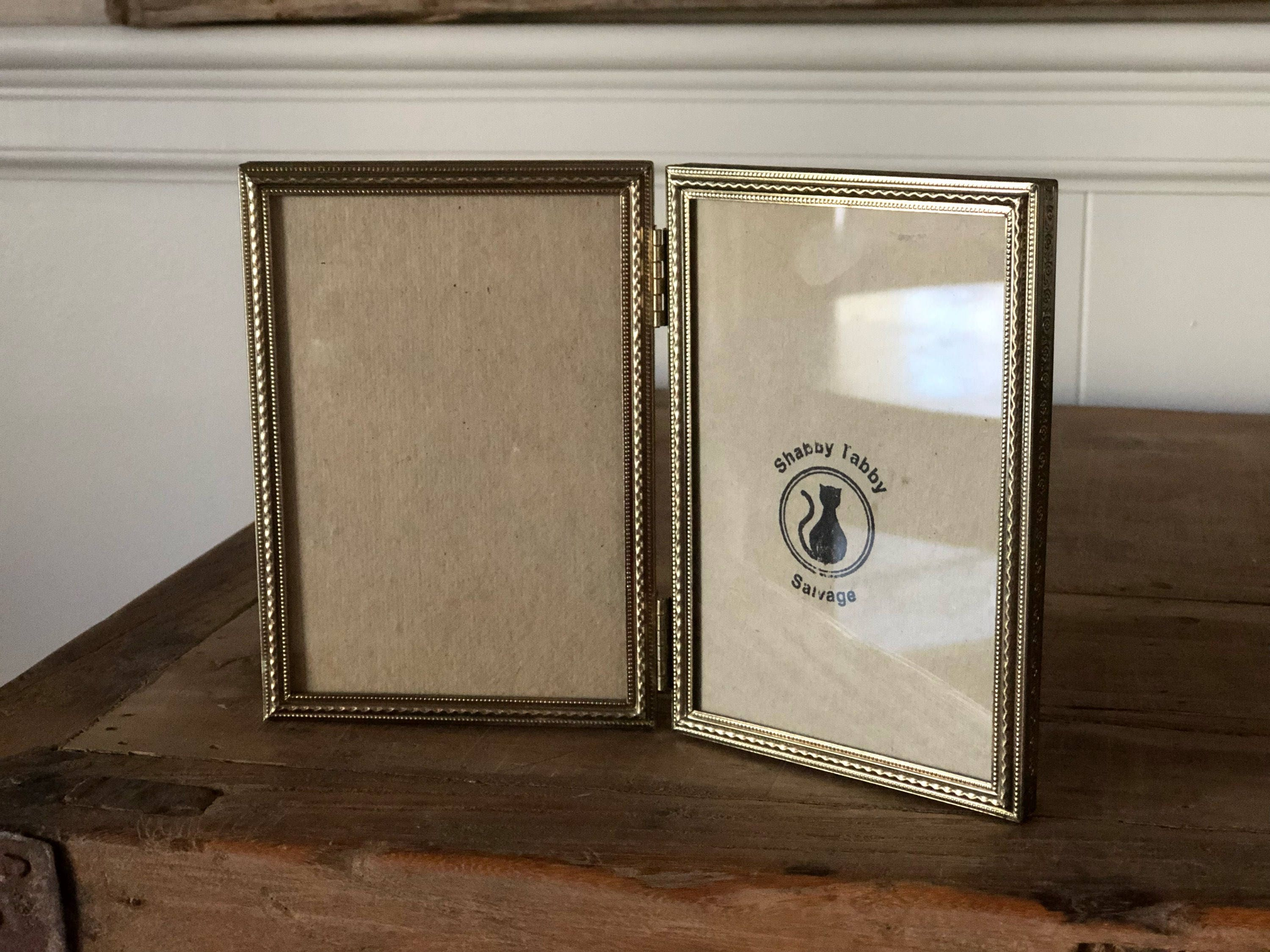 Funky Double Hinged Picture Frame Motif - Picture Frame Ideas ...