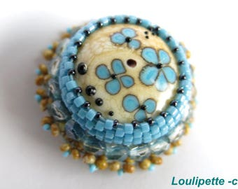 Small embroidered brooch and blue flower Lampwork Glass