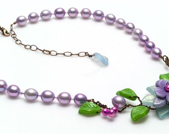 Violet Flower Necklace, Purple Floral Jewelry, Purple Beaded Necklace, Spring Jewelry, Wedding Jewelry, Nature Jewelry