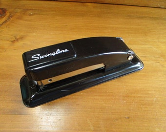 Vintage Black Metal Swingline Stapler in Great Condition