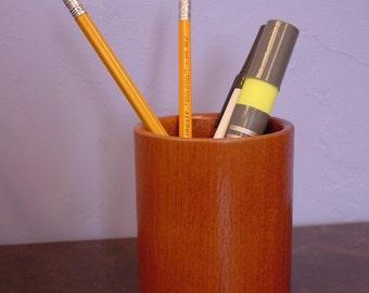 Mahogany wooden pen cup