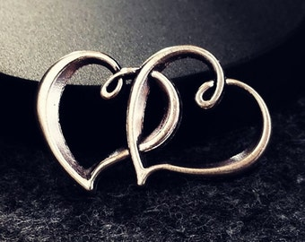 10pcs Antique Tibetan Silver Tone Double Intertwined Hearts Charms (#3010058)