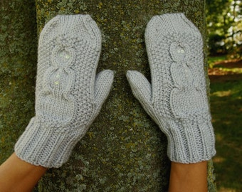 Knit Snowman Mittens with Sequins Cute Knitted Vegan Mittens - Light Grey Knit Winter Mitts with Snowman