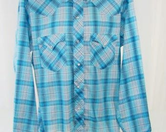 Men's Light Blue Plaid Pearl Snap Long Sleeve Shirt 1960s