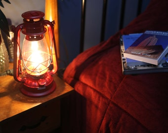 Electric Lantern Table Lamp, RED LANTERN, Electric Hurricane Lantern, Night  Light, Rustic
