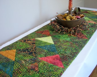 Batik Table Runner Quilt Green Volcano Quilted Triangles Quiltsy Handmade FREE U.S. Shipping