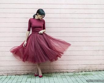 Knee length tulle skirt/ Tea length tulle skirt/ Tutu skirt/ Party skirt/ Red tulle skirt/ Ruby tulle skirt/ Handmade skirt/ FREE SHIPPING