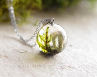 Terrarium necklace ⇷18mm⇸ Resin terrarium jewelry | UralNature handmade necklace | Forest necklace | Moss terrarium | Resin forest jewelry