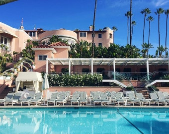 Beverly Hills Hotel Pool, BHH, Polo Lounge, Beverly Hills pool, Beverly Hills pink