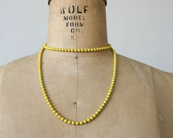 vintage 1960s ball chain necklace / 60s yellow ball chain necklace / 60s long necklace / yellow beaded necklace / 60s long necklace / mod