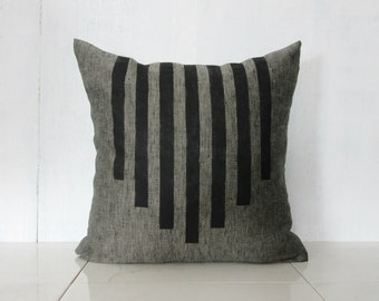 Charcoal Linen Pillow Cover with Black Line Design / Gray Minimalist Southwest Geometric Design Decorative Throw Cushion Bedding Accent