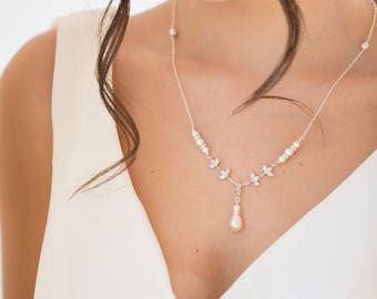 Bridal jewelry, pearl necklace,  backdrop chain, crystal Swarovski, pearl earrings, bridal, blush  cream, low back, brides,