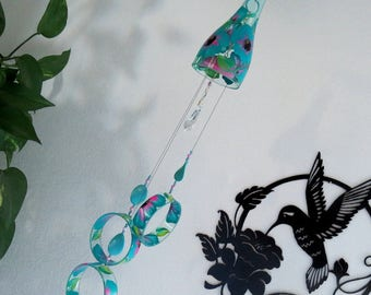 Glass Wind Chime, Recycled wine bottle wind chime, Flowers, Turquoise, Pink, Sun catcher, yard art, Light Blue glass, House warming gift