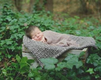 Chunky Bump Posing Blanket Photo Prop | Newborn Layering Blanket | Newborn Bump Blanket | Mini Bump Blanket | Newborn Posing Blanket