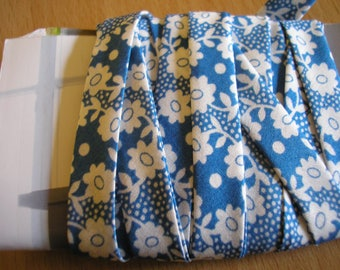 Liberty Blue with white flowers 10 mm Ribbon