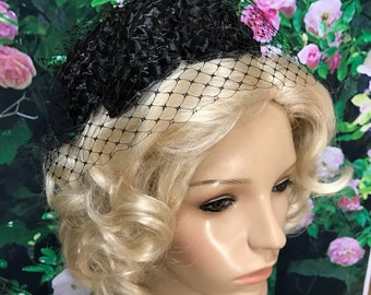 60s Black Woven Straw Pillbox Hat Netting Veil