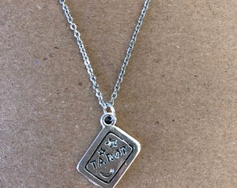 Taror Card Necklace