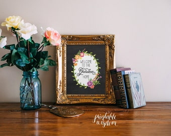 Family name art print printable wall art decor welcome sign, chalkboard floral flowers custom print personalized digital typography