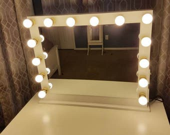 Vanity mirror with Hollywood lighting.Perfect for ikea vanity(BULBS NOT INCLUDED)