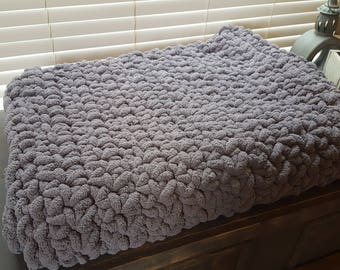 Gray chunky blanket handmade, handmade chunky super soft blanket, chunky throw, chunky crochet blanket, dark gray chunky soft throw