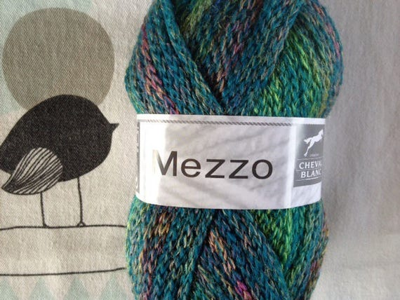 WOOL MEZZO meadow - white horse